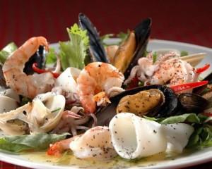 دراسة أمريكية:  لا علاقة لزئبق الأسماك بالخرف.. و المأكولات البحرية تقي من الزهايمر
