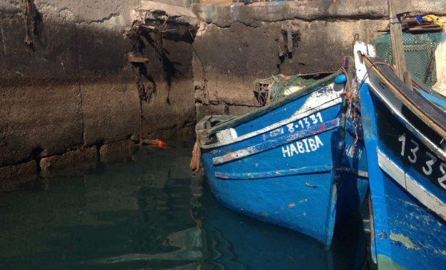 أكادير : السلطات تحجز معدات غطس ممنوعة لدى قارب للصيد التقليدي