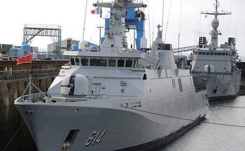 ob_783047_une-des-fregates-marocaines-en-forme-510x309 (1)