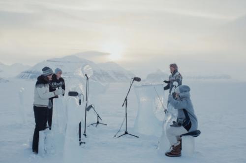 حفلة على الجليد في أقصى شمال الكرة الأرضية دعماً لمحميات المحيطات