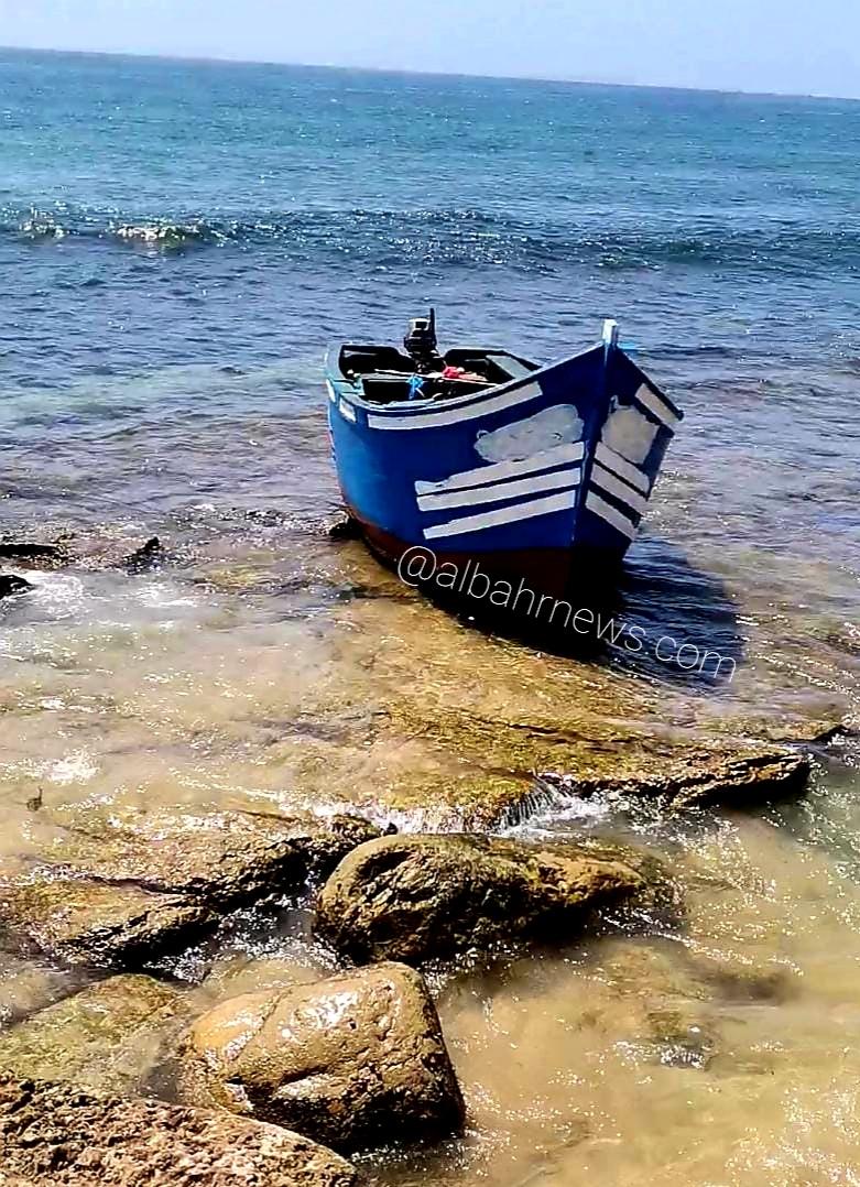 قارب للهجرة السرية جنح بشاطئ تيكرت